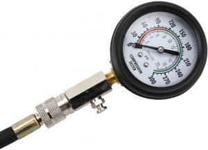 Compressiomètre essence FreeTec